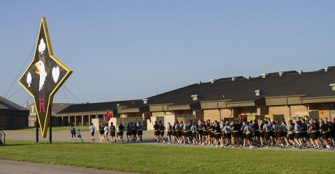 """Soldiers from 101st Special Troops Battalion """"Sustainers"""", 101st Airborne Division Sustainment Brigade, 101st Airborne Division (Air Assault), conducted a one-mile run accompanied by Gold Star and surviving family members in honor of the fallen Soldiers at Fort Campbell, Ky., May 23, 2016. (Sgt. Neysa Canfield, 101st Sustainment Brigade, 101st Airborne Division (AA) Public Affairs)"""