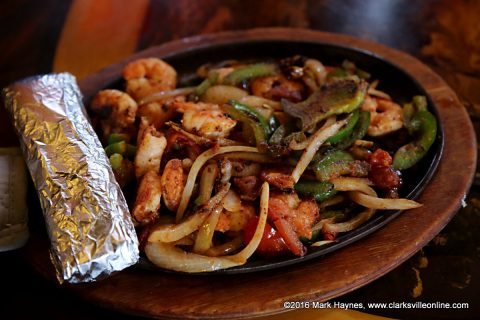 Shrimp Fajitas at El Toro de Don Jose Mexican Resturant.