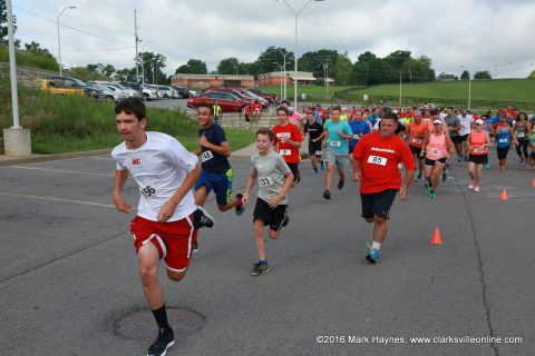 The second annual Be More Like Wade 5k Scholarship Run/Walk/Crawl was held Saturday, July 30th, 2016.