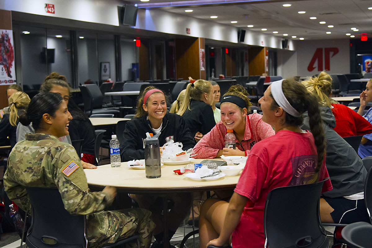 fort campbell women Community discussions and forums for fort campbell : fort  fort knox area relieved cuts spare  2 reservists sue over army's ban on women in co.