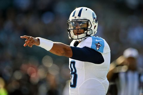 Tennessee Titans quarterback Marcus Mariota (8) makes the call from the line against the Oakland Raiders during the first half at Oakland-Alameda Coliseum. (Kirby Lee-USA TODAY Sports)