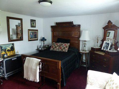 Johnny Cash's bedroom at his beloved Bon Aqua farm.