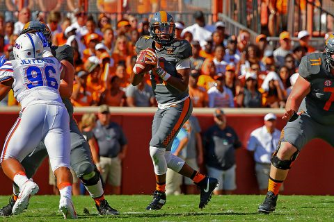 Tennessee Volunteers quarterback Joshua Dobbs (11) drops back to pass the ball against the Florida Gators during the first quarter at Neyland Stadium. (Randy Sartin-USA TODAY Sports)
