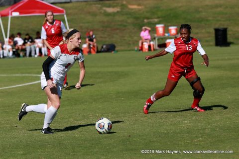 Austin Peay junior forward Kirstin Robertson scored her 11th goal of the year Sunday to give the Govs a 1-0 victory over Jacksonville State.