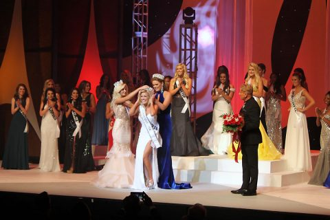 Allee-Sutton Hethcoat is crowned Miss Tennessee USA 2017 at Austin Peay State Univeristy in Clarksville, Tennessee.