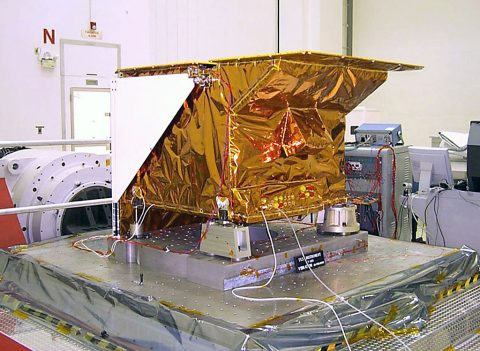 NASA's Tropospheric Emission Spectrometer (TES) instrument, one of four instruments on NASA's Aura spacecraft. (Northrop Grumman)