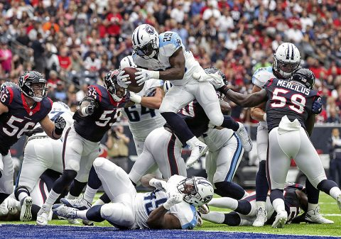 Tennessee Titans running back DeMarco Murray (29) dives for a touchdown during the second quarter against the Houston Texans at NRG Stadium. (Troy Taormina-USA TODAY Sports)