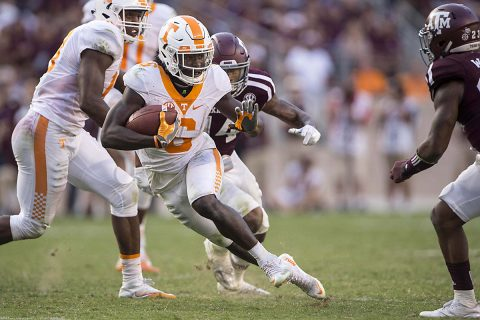 Tennessee Volunteers running back Alvin Kamara (6) runs for a first down against the Texas A&M Aggies during the second half at Kyle Field. The Aggies defeat the Volunteers 45-38 in overtime. (Jerome Miron-USA TODAY Sports)
