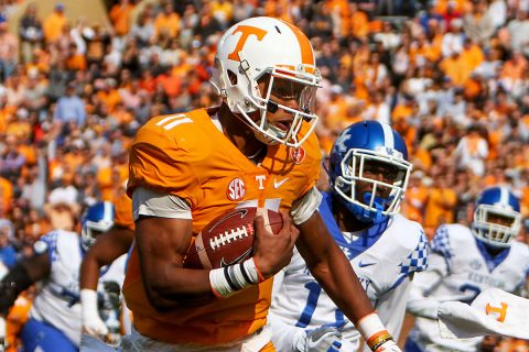 Tennessee Volunteers quarterback Joshua Dobbs (11) runs the ball against the Kentucky Wildcatsduring the first half at Neyland Stadium. (Randy Sartin-USA TODAY Sports)
