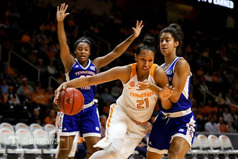 Mercedes Russell #21 of the Tennessee Lady Volunteers during the game between the Tennessee State Lady Tigers and the Tennessee Lady Volunteers at Thompson-Boling Arena in Knoxville, TN. (Donald Page/Tennessee Athletics)