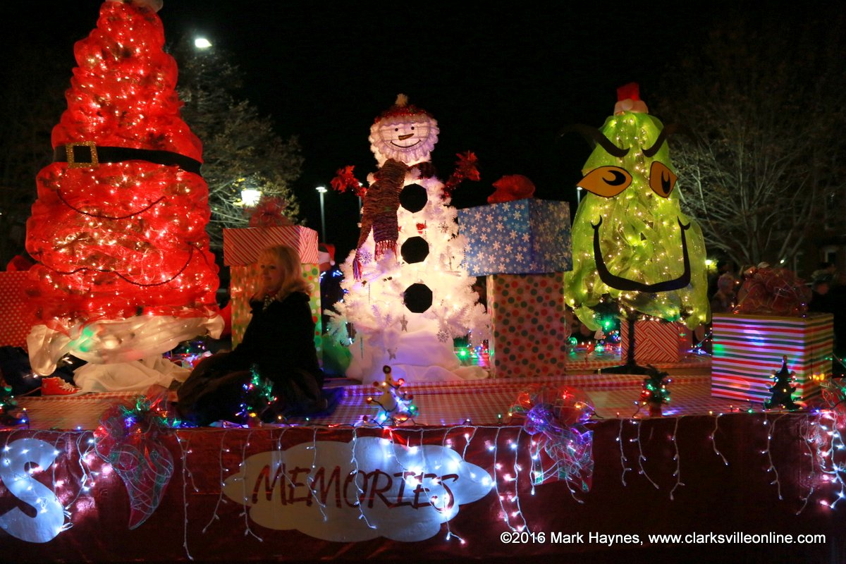 Clarksville Parks and Recreation announces Lighted Christmas Parade Winners : Discover ...