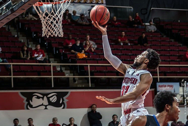 APSU Men's Basketball loses Wednesday night to Fort Wayne at the Dunn Center. (APSU Sports Information)