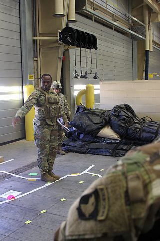 Soldiers from Headquarters and Headquarters Company, 101st Special Troops Battalion, 101st Airborne Division (Air Assault) Sustainment Brigade, 101st Abn. Div., conduct an equipment rollout exercise Dec. 9, 2016 on Fort Campbell, KY. (Staff Sgt. Kimberly Lessmeister/101st Airborne Division Sustainment Brigade Public Affairs)