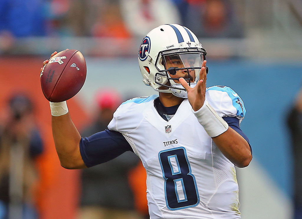 Tennessee Titans quarterback Marcus Mariota (8) passes during the second quarter against the Chicago Bears. (Dennis Wierzbicki-USA TODAY Sports)
