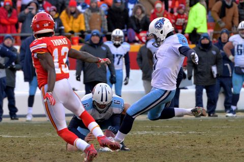 Tennessee Titans kicker Ryan Succop (4) kicks the winning field goal during the second half against the Kansas City Chiefs at Arrowhead Stadium. Tennessee won 19-17. (Denny Medley-USA TODAY Sports)