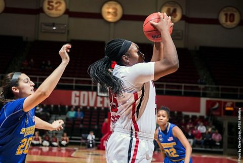 Austin Peay senior center Tearra Banks pours in 30 points in loss at Eastern Kentucky Wednesday. (APSU Sports Information)