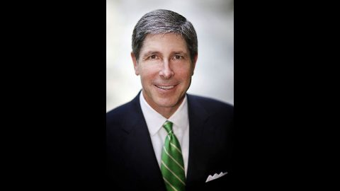 Rob Rolfe has 33 years of experience in business and investment banking in Tennessee.
