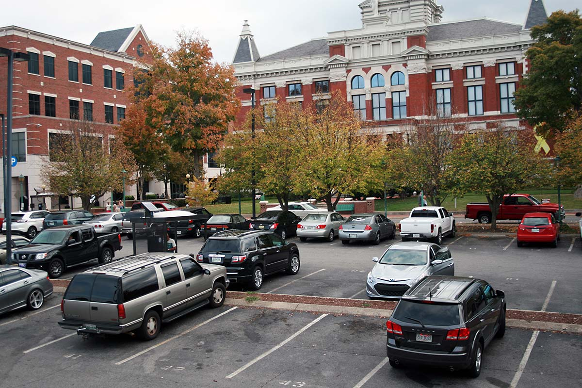 Clarksville to increase Downtown Parking Rates by 50 cents an hour on April 1st, 2017.