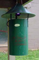 Mosquito light trap