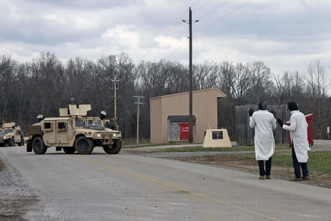 Soldiers from 1st Platoon, 194th Military Police Company, 716th MP Battalion, 101st Airborne Division (Air Assault) Sustainment Brigade, 101st Abn. Div., encounter Soldiers portraying civilians during platoon evaluations, March 14, 2017, on Fort Campbell, Kentucky. (Sgt. Neysa Canfield/101st Airborne Division Sustainment Brigade Public Affairs)