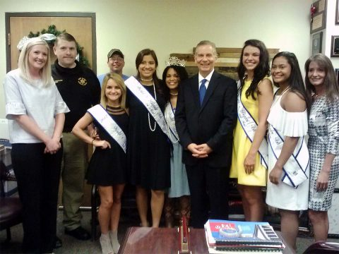 Princesses of the 2017 World's Biggest Fish Fry visited with Tennessee State Representative Joe Pitts.