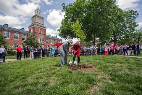 Austin Peay President Alisa White and alumnus Evans Harvill ('46), son of former APSU president Halbert Harvill, planted a tree on the Browning lawn. On February 10th, 1954, President Harvill helped plant a tree in honor of Austin Peay State College's 25th anniversary. (Beth Lowary, APSU)
