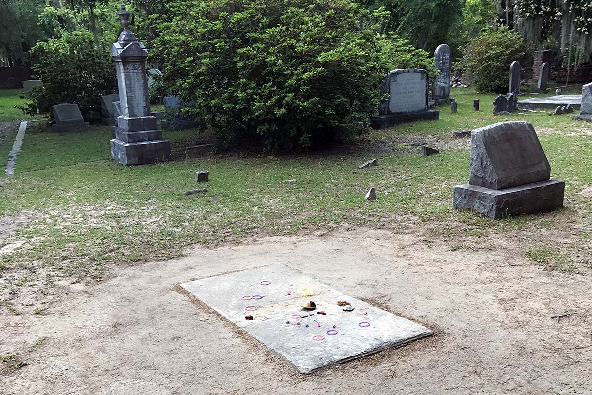 The Grave of Alice Flagg.