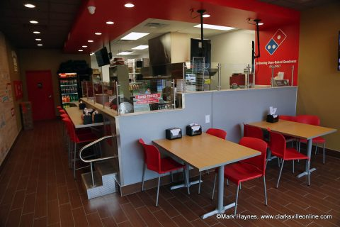 Highway 48 Domino's offers dine-in, carry-out as well as delivery service.