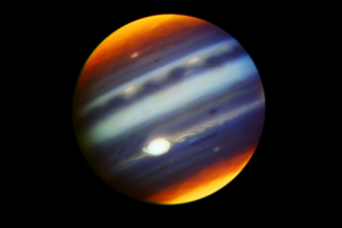Subaru Telescope observes Jupiter in conjunction with Juno orbiter