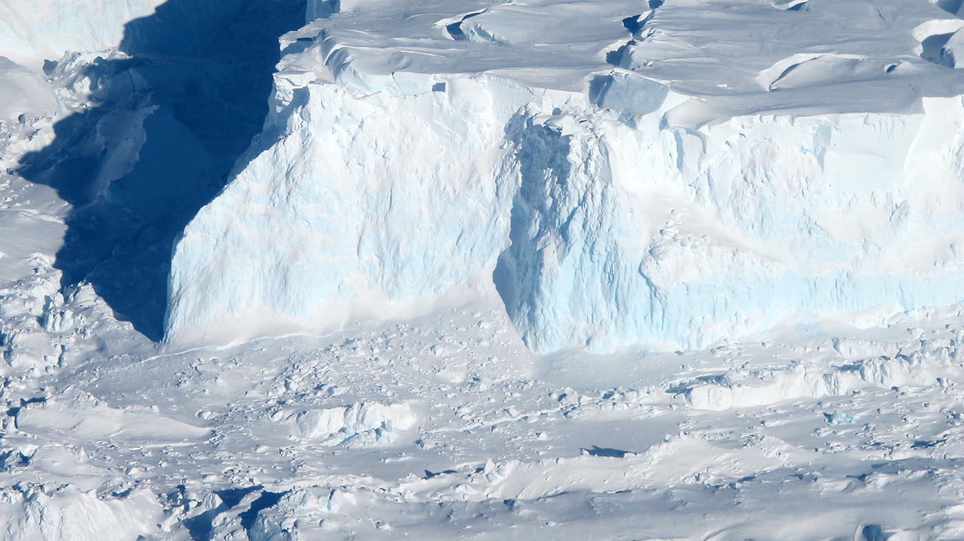 Thwaites Glacier. (NASA/James Yungel)