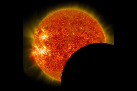 A total solar eclipse, which is when the Moon completely covers the Sun, will occur across 14 states in the continental U.S. on Aug 21, 2017. (NASA)