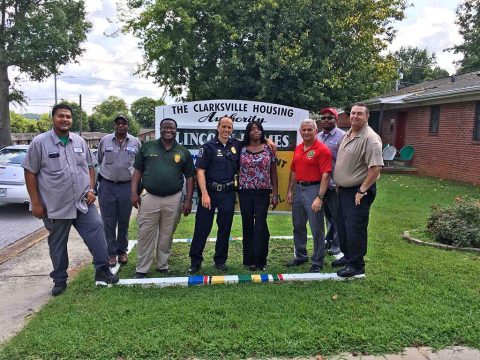 Clarksville Police and the Clarksville Housing Authority deliver school supplies at Lincoln Homes.