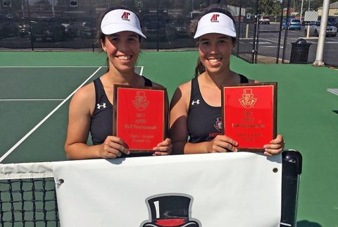 Austin Peay's Claudia Yanes Garcia (right) won the individual crown at APSU Fall Invitational, sister Lidia Yanes Garcia (left) came in runner up. (APSU Sports Information)