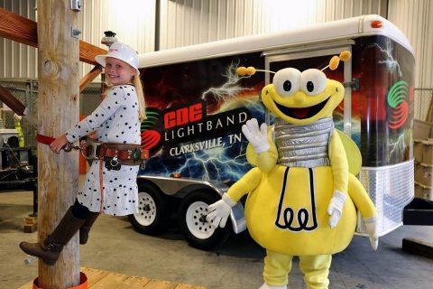 CDE Lightband Customer Expo set Saturday, September 30th.