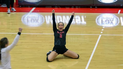 Austin Peay Women's Volleyball beats SIU Edwardsville in five sets. Sights set on OVC Title. (APSU Sports Information)