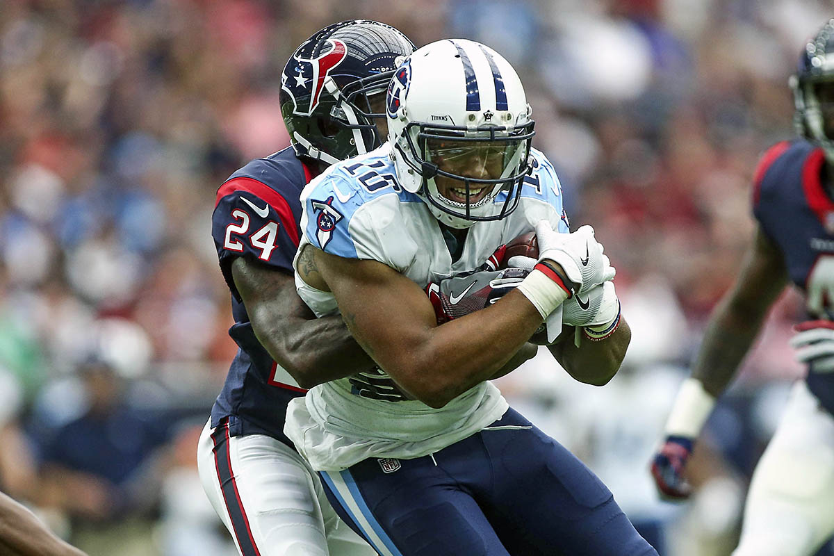 Tennessee Titans wide receiver Rishard Matthews (18) makes a reception during the second quarter against the Houston Texans at NRG Stadiumon Oct. 1, 2017. (Troy Taormina-USA TODAY Sports)