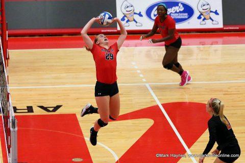 APSU Volleyball junior setter Kristen Stucker