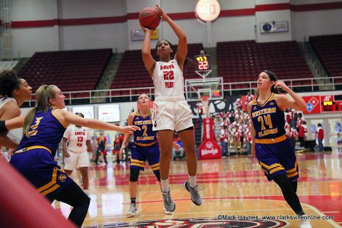 Austin Peay Women's Basketball travels to Champaign Saturday for a 2:00pm match against Illinois.