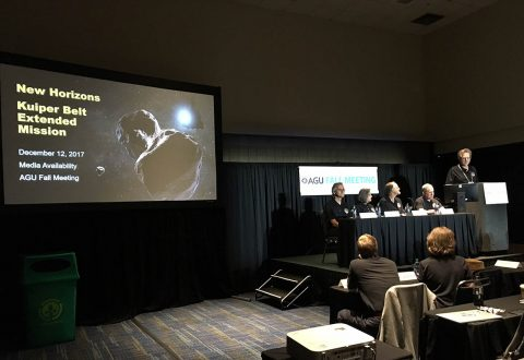 New Horizons team members discuss the Kuiper Belt Extended Mission during a media briefing at the American Geophysical Union Fall Meeting on Dec. 12 in New Orleans. (NASA/JHUAPL/SwRI)