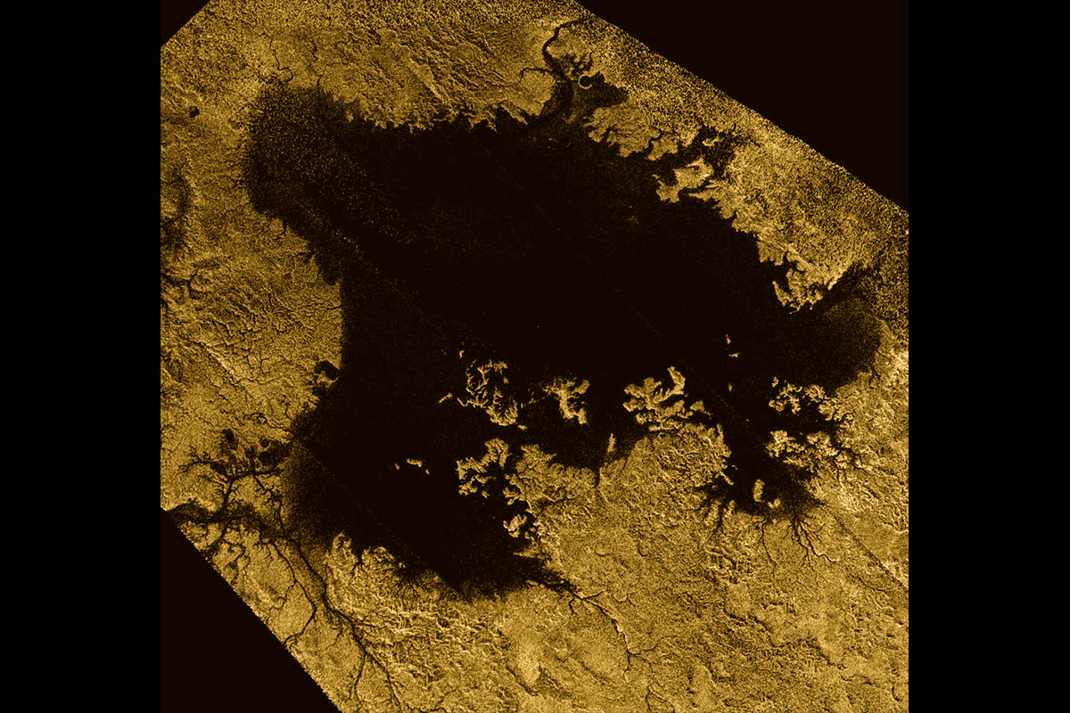 Saturn moon Titan has a sea level