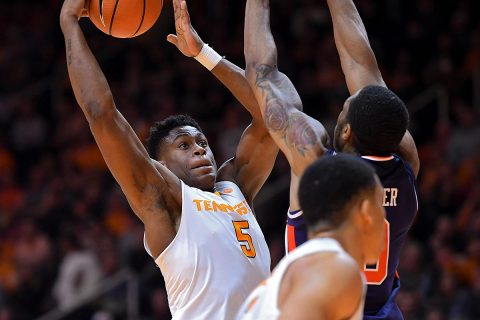 Tennessee Volunteers forward Admiral Schofield (5) goes to the basket against Auburn Tigers forward Horace Spencer (0) during the first half at Thompson-Boling Arena. (Randy Sartin-USA TODAY Sports)