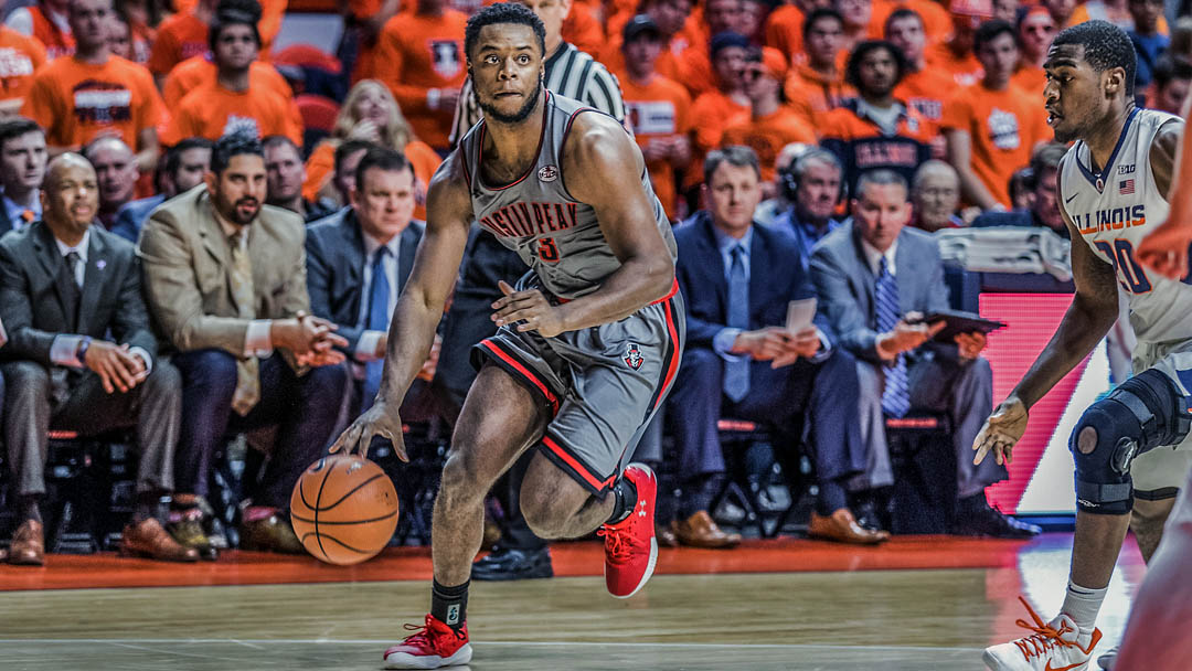 Austin Peay Men's Baskeball takes on SIU Edwardsville at the Vadalabene Center Wednesday night. Tip off is at 7:00pm. (APSU Sports Information)