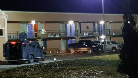Clarksville Police are at the Motel 6 on Wilma Rudodolph Boulevard were the Bank of America robbery suspect has barricaded himself in a room.