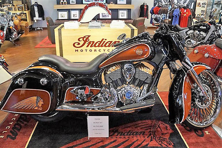 Dodging the Road Kill: Indian Motorcycles - Clarksville, TN Online