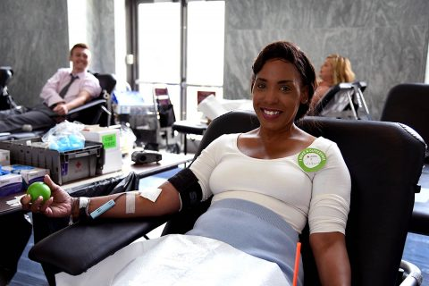 LaDeodra Drummond donates blood. (Jeanette Ortiz-Osorio/American Red Cross)