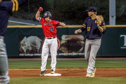 Austin Peay unable to beat Kansas State Tuesday night, despite racking up 18 hits. (APSU Sports Information)