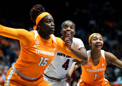 Tennessee Lady Volunteers forward Cheridene Green (15) South Carolina Gamecocks guard Doniyah Cliney (4) and Tennessee Lady Volunteers guard Anastasia Hayes (1) battle for positioning on a free throw during the first half of the SEC Conference Tournament at Bridgestone Arena. (Christopher Hanewinckel-USA TODAY Sports)