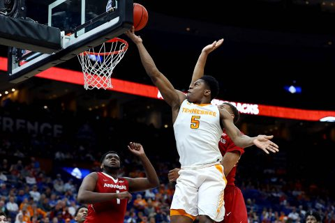 Tennessee Volunteers forward Admiral Schofield (5) puts in a layup against the Arkansas Razorbacks during the first half of the semifinals of the SEC Conference Tournament at Scottrade Center. (Billy Hurst-USA TODAY Sports)