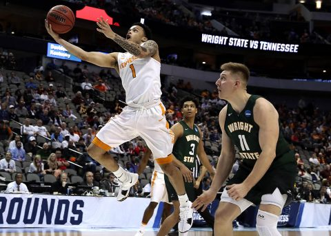 Tennessee Volunteers guard Lamonte Turner (1) shoots past Wright State Raiders center Loudon Love (11) during the first half in the first round of the 2018 NCAA Tournament at American Airlines Center. (Matthew Emmons-USA TODAY Sports)