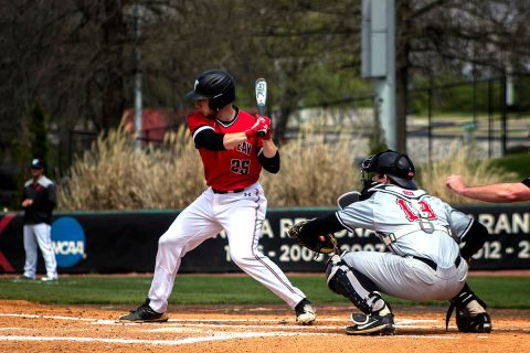 Austin Peay Baseball falls to Middle Tennessee 10-4 in Murfreesboro Tuesday night. (APSU Sports Information)